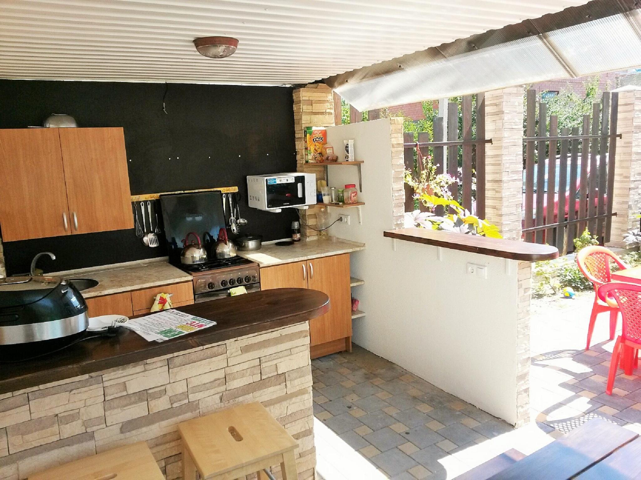 территория.летняя кухня